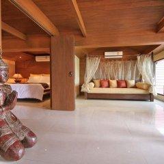 Отель Longtail Suites спа