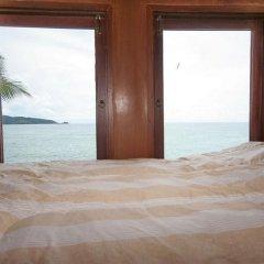 Отель Longtail Suites пляж
