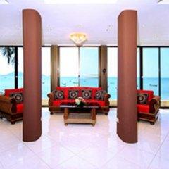 Отель Longtail Suites интерьер отеля фото 3