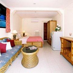 Отель Longtail Suites комната для гостей фото 3