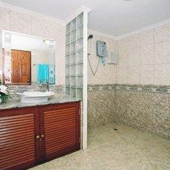 Отель Longtail Suites ванная фото 2