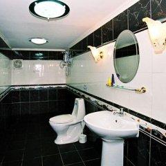 Отель Longtail Suites ванная