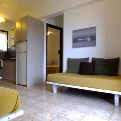 Апартаменты Christaras Apartments комната для гостей фото 4