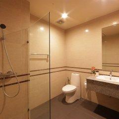 Отель The Tepp Serviced Apartment Таиланд, Бангкок - отзывы, цены и фото номеров - забронировать отель The Tepp Serviced Apartment онлайн ванная