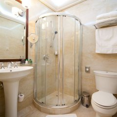 Гостиница Luciano Spa ванная фото 3