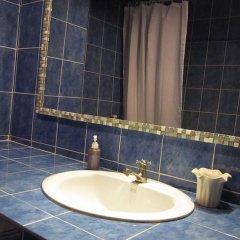 Surin Sweet Hotel раковина ванной комнаты
