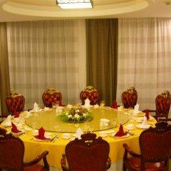 SSS Manhao Hotel Вити-Леву питание