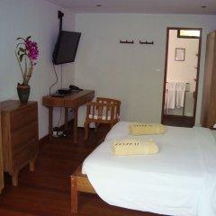Отель Gangehi Island Resort 4* Стандартный номер с различными типами кроватей фото 2
