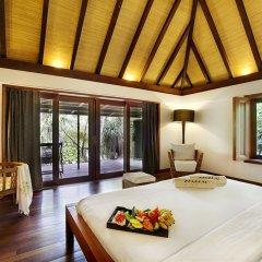 Отель Gangehi Island Resort 4* Вилла с различными типами кроватей фото 3