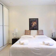 Апартаменты AinB Diagonal Francesc Macia Apartments комната для гостей фото 4