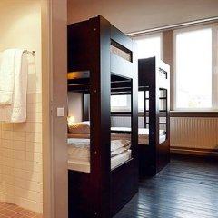 Smart Stay Hotel Berlin City Кровать в общем номере с двухъярусной кроватью