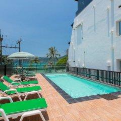 Patong Swiss Hotel Beach Front открытый бассейн фото 2
