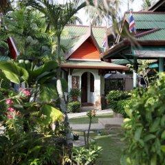 Отель Friendship Beach Resort & Atmanjai Wellness Centre собственный двор
