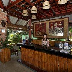 Отель Friendship Beach Resort & Atmanjai Wellness Centre ресепшен