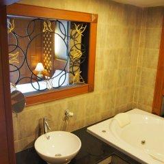 Renoir Boutique Hotel ванная