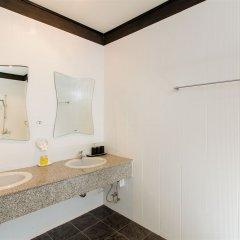 The Serenity Golf Hotel раковина ванной комнаты