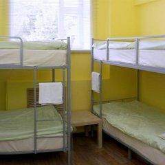 Хостел Кукуруза Бутик Кровать в женском общем номере двухъярусные кровати
