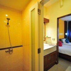 Отель Kata Blue Sea Resort 3* Номер Делюкс с разными типами кроватей
