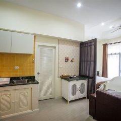 Отель Wonderful Pool house at Kata кухня в номере