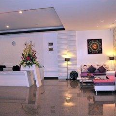 Отель The Cocoon Patong интерьер отеля