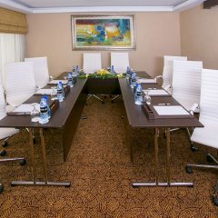 Mercure Dubai Barsha Heights Hotel Suites фото 2