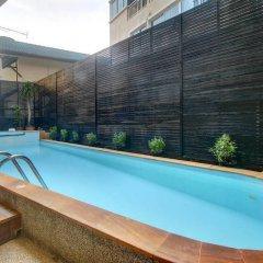 The Silk Hill Hotel открытый бассейн