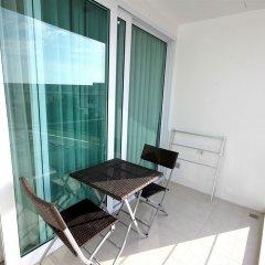 Апартаменты Karon Serviced Apartment балкон фото 3