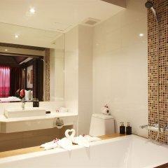 Rayaburi Hotel Patong 4* Номер Делюкс фото 3