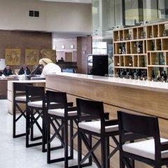 Гостиничный комплекс Бридж Резорт лобби лаундж