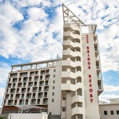 Гостиничный комплекс Бридж Резорт вид на фасад