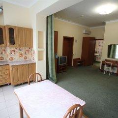 Янаис Отель кухня в номере