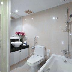 Отель Centre Point Sukhumvit 10 ванная