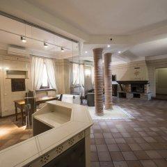 Hotel Sesmones Корнельяно Лауденсе комната для гостей
