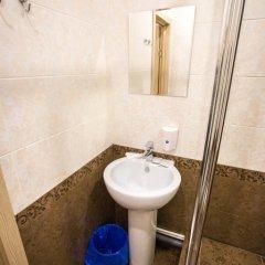 Мини-Отель Resident Номер с общей ванной комнатой фото 11