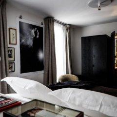 Отель Le Pigalle 4* Номер Pigalle 22 с различными типами кроватей