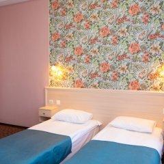 Апартаменты Гостевые комнаты и апартаменты Грифон Стандартный номер с двуспальной кроватью фото 2