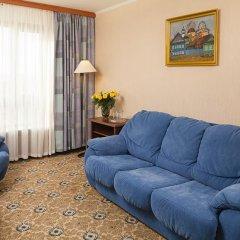 Гостиница Космос 3* Люкс с 2 отдельными кроватями