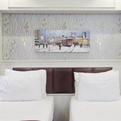 Отель Albinas Old City Стандартный семейный номер разные типы кроватей фото 3