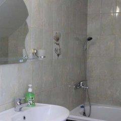 Гостиница Mirnaya Guest House в Сочи отзывы, цены и фото номеров - забронировать гостиницу Mirnaya Guest House онлайн ванная фото 3