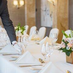 Отель Grand Hotel Kempinski Riga Латвия, Рига - 2 отзыва об отеле, цены и фото номеров - забронировать отель Grand Hotel Kempinski Riga онлайн помещение для мероприятий