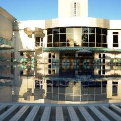 Отель Wyndham Tashkent бассейн фото 3