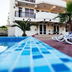 Гостиница «Вилла Риф» бассейн фото 2