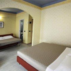 Отель Fra I Pini Италия, Римини - отзывы, цены и фото номеров - забронировать отель Fra I Pini онлайн сейф в номере