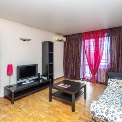 Апартаменты Four Squares Apartments Polyanka Москва комната для гостей фото 2
