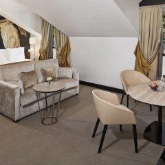 Отель Gran Melia Palacio De Los Duques 5* Номер Deluxe red level с различными типами кроватей фото 3
