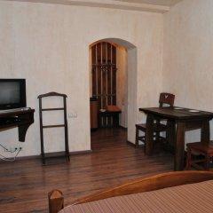 Гостиница Edburg MiniHotel Украина, Писчанка - 4 отзыва об отеле, цены и фото номеров - забронировать гостиницу Edburg MiniHotel онлайн комната для гостей фото 3