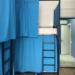 Гостиница Fortuna Inn Dobryninskaya Кровать в общем номере с двухъярусной кроватью фото 2