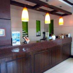 Отель Fuente Oro Business Suites гостиничный бар