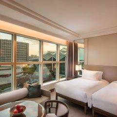 Отель Conrad Centennial Singapore Сингапур, Сингапур - 1 отзыв об отеле, цены и фото номеров - забронировать отель Conrad Centennial Singapore онлайн комната для гостей фото 2