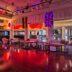 Отель Cleopatra Luxury Resort Makadi Bay гостиничный бар фото 4